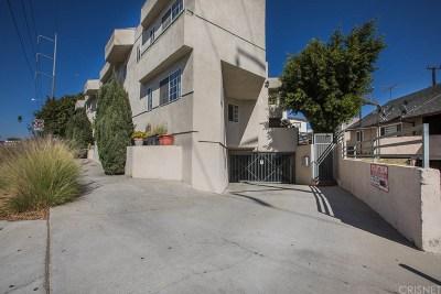 Inglewood Condo/Townhouse For Sale: 7050 South La Cienega Boulevard #4