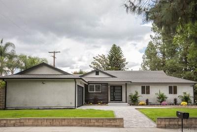 Northridge Single Family Home For Sale: 11030 Yolanda Avenue