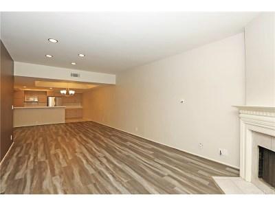 Condo/Townhouse For Sale: 4619 Kester Avenue #2