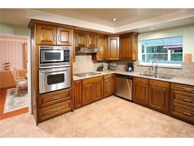 West Hills Single Family Home For Sale: 8523 Eatough Avenue