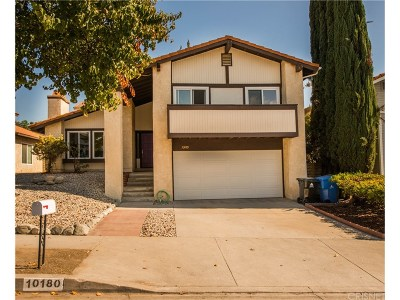 Northridge Single Family Home For Sale: 10180 Canby Avenue