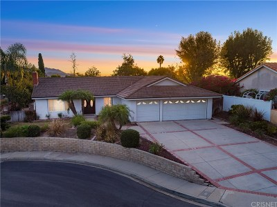 Thousand Oaks Single Family Home For Sale: 400 Autumnwood Street