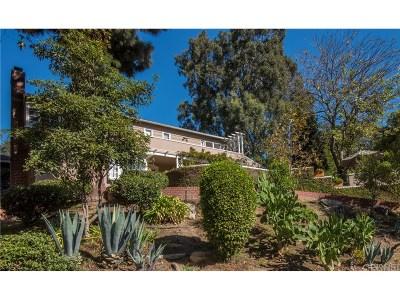 Single Family Home For Sale: 3144 La Suvida Drive