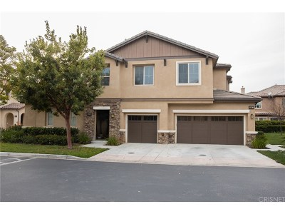 Moorpark Condo/Townhouse For Sale: 6805 Simmons Way