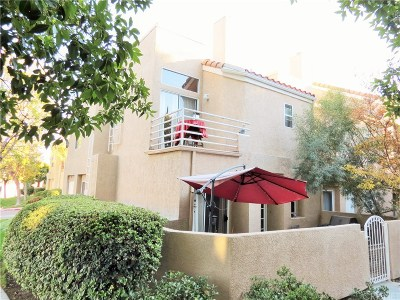 Stevenson Ranch Condo/Townhouse For Sale: 25731 Perlman Place #F (119)