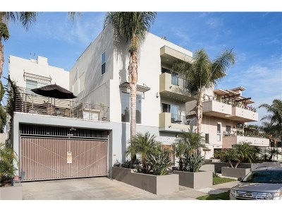 Studio City Condo/Townhouse For Sale: 11851 Laurelwood Drive #113