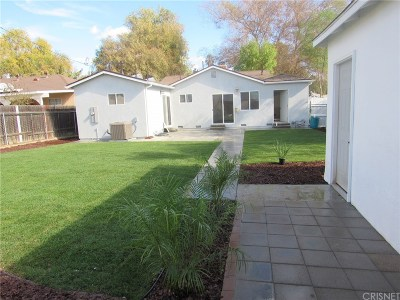 Northridge Single Family Home For Sale: 8927 Canby Avenue