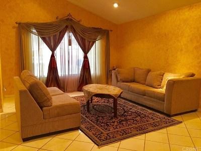 Northridge Single Family Home For Sale: 8521 Geyser Avenue