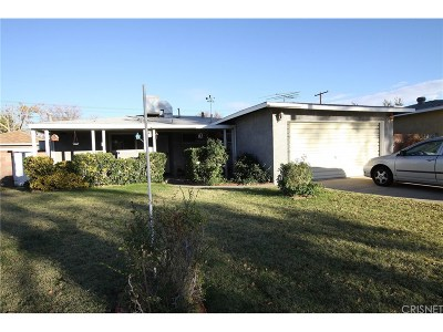 Lancaster Single Family Home For Sale: 44026 Fig Avenue