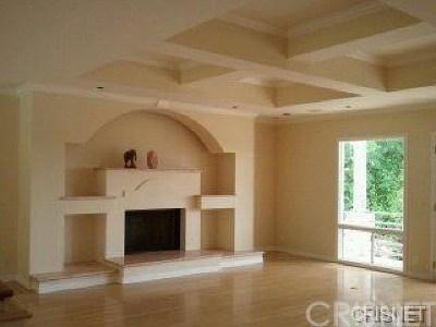 Northridge Single Family Home For Sale: 17251 Ballinger Street