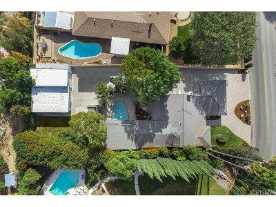 Simi Valley Single Family Home For Sale: 3156 Reservoir Drive