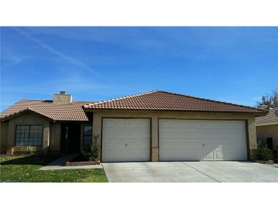 Rosamond Single Family Home For Sale: 3268 Discovery Way