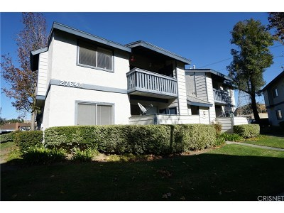 Saugus Condo/Townhouse For Sale: 27648 Susan Beth Way #A