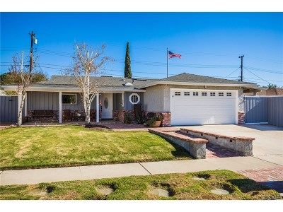 Simi Valley Single Family Home For Sale: 2320 Wisteria Street