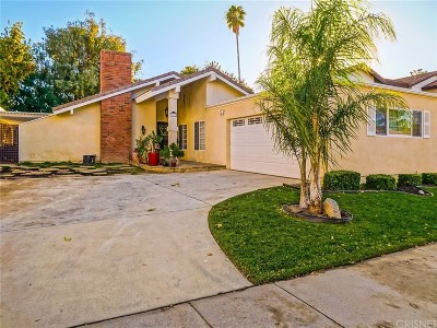 Valencia Single Family Home For Sale: 23620 Via Beguine