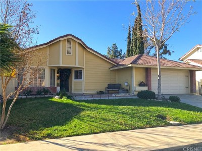 Canyon Country Single Family Home For Sale: 15208 Lotusgarden Drive