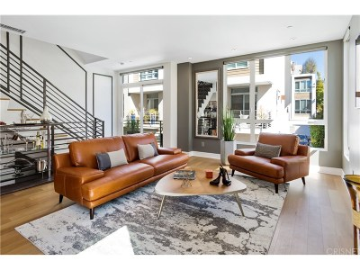 Los Angeles CA Condo/Townhouse For Sale: $1,280,000
