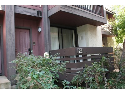 Woodland Hills Condo/Townhouse For Sale: 21931 Burbank Boulevard #26