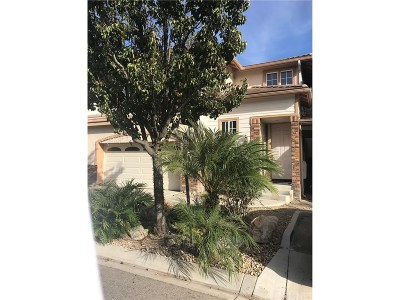 Simi Valley Condo/Townhouse For Sale: 1711 Watercrest Way