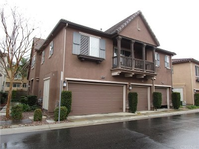 Saugus Condo/Townhouse For Sale: 28456 Mirabelle Lane