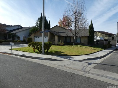 Valencia Single Family Home For Sale: 23323 Vista Rosina Drive