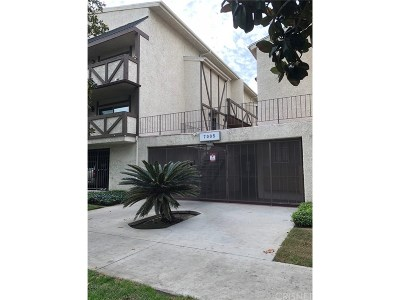 Canoga Park Condo/Townhouse For Sale: 7005 Jordan Avenue #107
