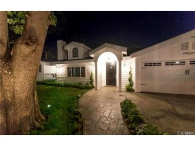 Woodland Hills Single Family Home For Sale: 23141 Hatteras Street
