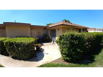Camarillo Single Family Home For Sale: 1121 Village 1