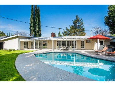 Woodland Hills Single Family Home For Sale: 22440 Martha Street