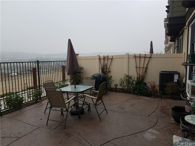 Saugus CA Condo/Townhouse For Sale: $495,000