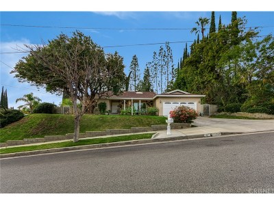 Calabasas Single Family Home For Sale: 4007 Bon Homme Road