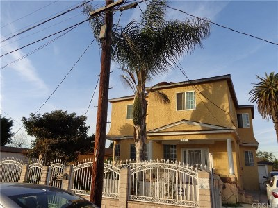 Los Angeles Single Family Home For Sale: 2121 East 111th Street