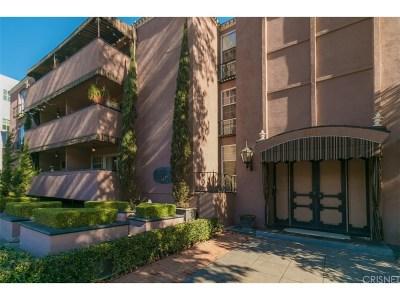 Studio City Condo/Townhouse For Sale: 4200 Laurel Canyon Boulevard #105