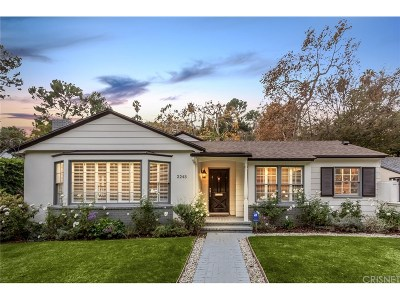 Los Angeles Single Family Home For Sale: 2243 Canyon Drive