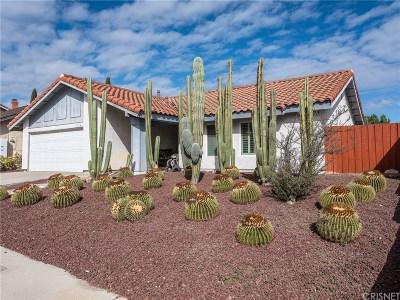 Thousand Oaks Single Family Home For Sale: 209 Cedar Heights Drive