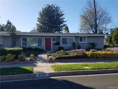 Northridge Single Family Home For Sale: 9253 Petit Avenue