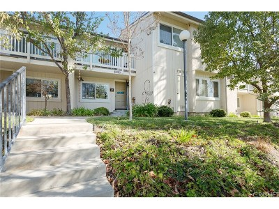 Moorpark Condo/Townhouse For Sale: 15030 Reedley Street #C