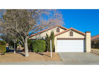 Palmdale Single Family Home For Sale: 37056 32nd Street East
