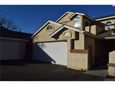 Saugus Condo/Townhouse For Sale: 28121 Seco Canyon Road #86