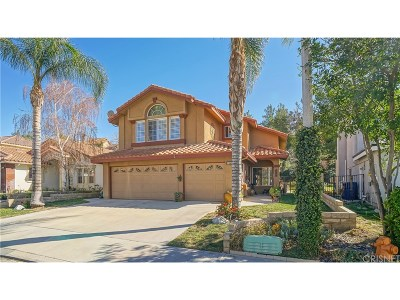 Saugus Single Family Home For Sale: 28732 Woodside Drive