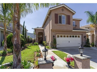Simi Valley Single Family Home For Sale: 6748 Sandalwood Drive