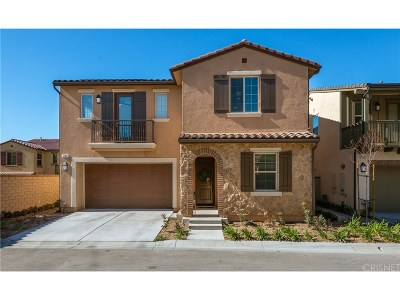 Canyon Country Condo/Townhouse For Sale: 27301 Sandstone Place