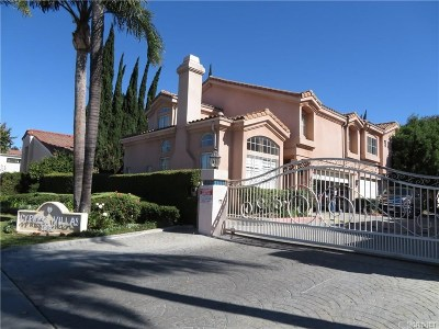 Northridge Condo/Townhouse For Sale: 10012 Reseda Boulevard #A