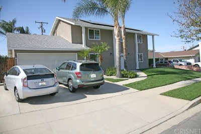 Simi Valley Single Family Home For Sale: 839 Breton Street