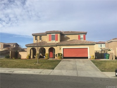 Palmdale Single Family Home For Sale: 36439 Reflection Way