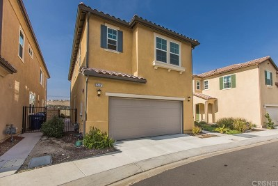 Newhall Single Family Home For Sale: 26367 Piazza Di Sarro