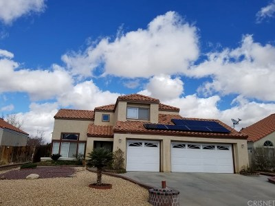 Palmdale Single Family Home For Sale: 5133 Saint Laurent Place