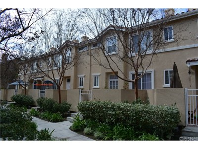 Stevenson Ranch Condo/Townhouse For Sale: 25755 Perlman Place #D