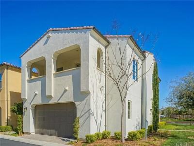 Saugus Single Family Home For Sale: 21705 Bene Drive