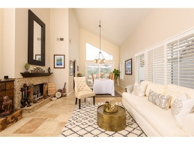 Calabasas Single Family Home For Sale: 24773 Calle Altamira